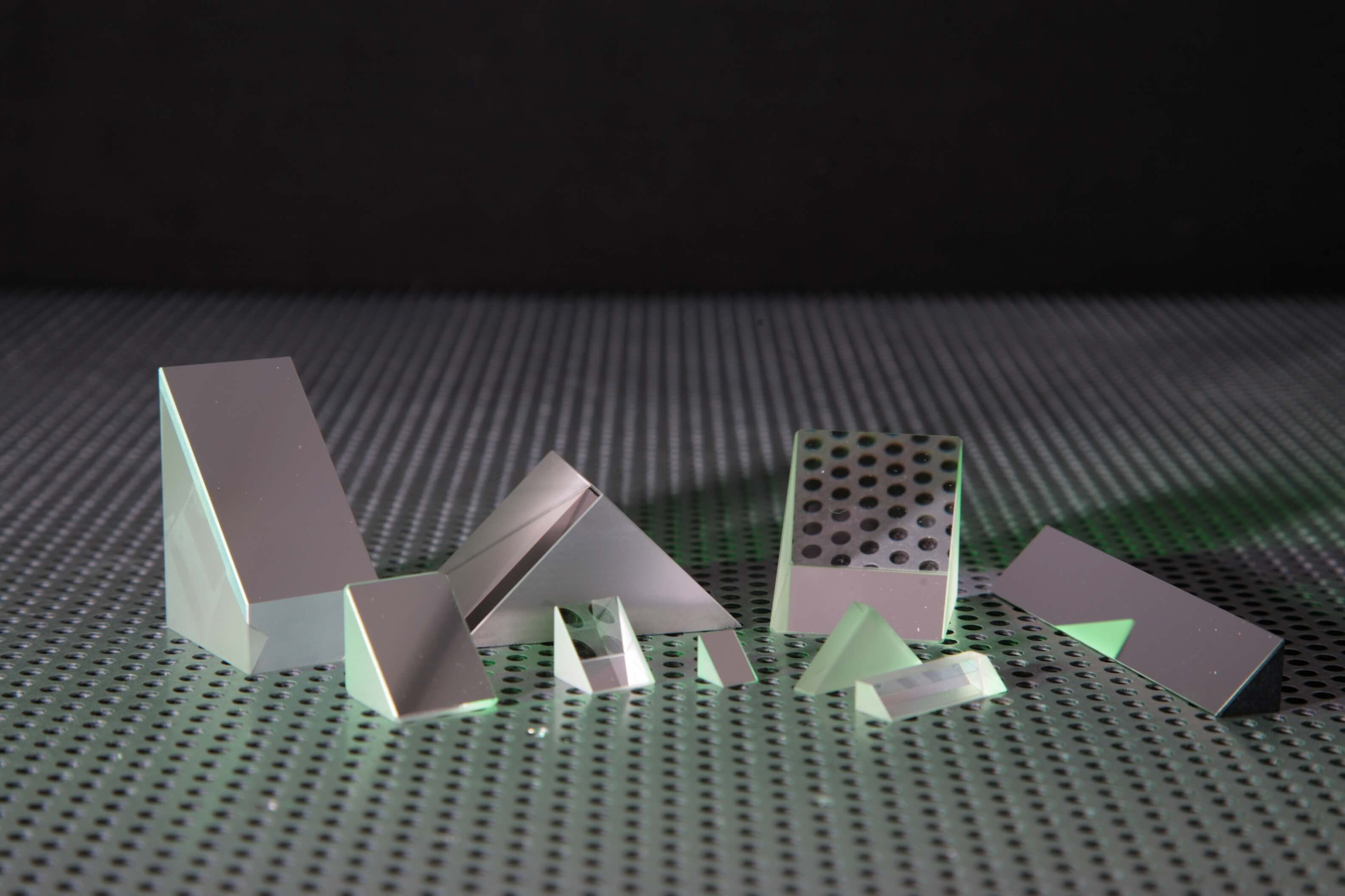 Custom Right Angle Prisms